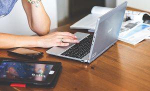 La fatigue visuelle due aux activités prolongées sur écrans